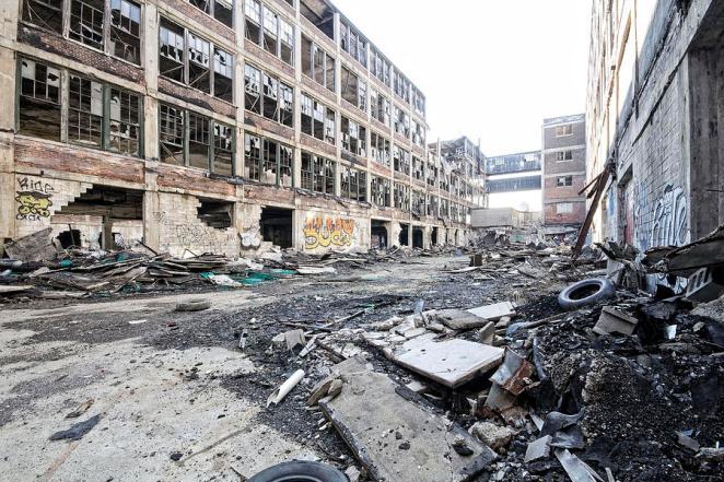 Abandoned aoutomotive plant, Detroit 2013