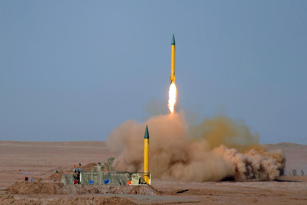 Test av kortdistanseraketter i Lut-ørkenen, Iran
